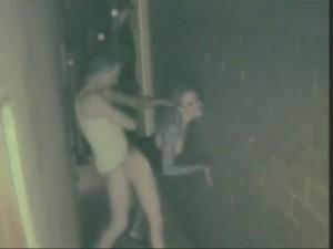 couple-baise-couloir-cam-eacute-ra-surveillance